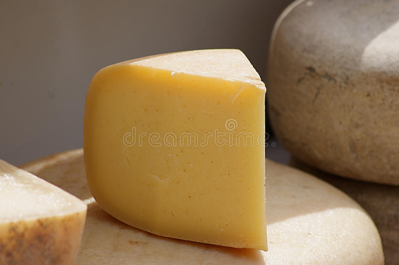 Fromage d'Idiazabal photographie stock