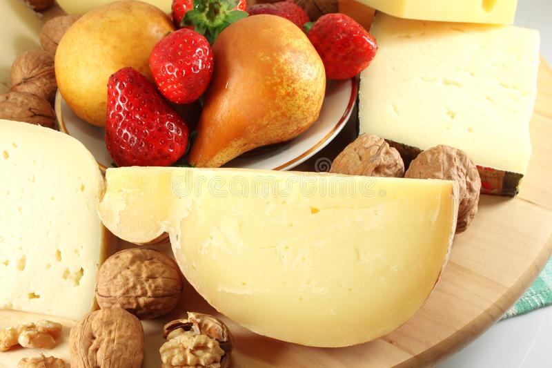 Fromage et fruit italiens photographie stock