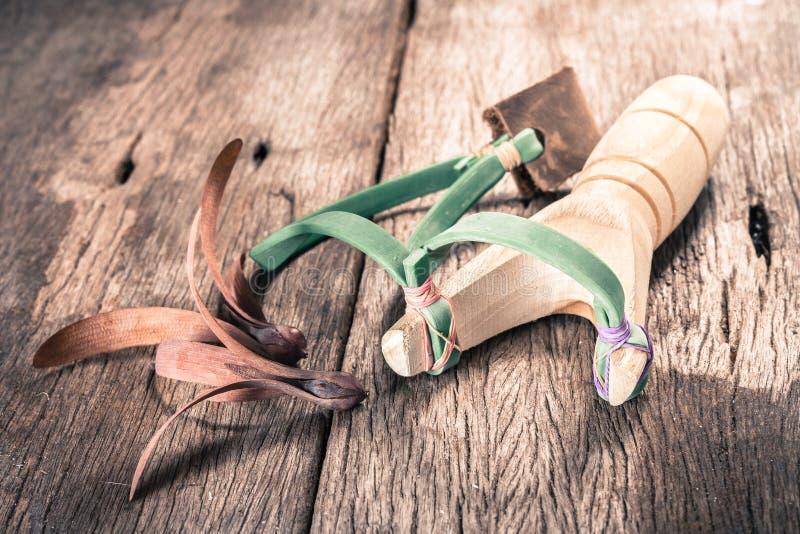 Fronde en bois de catapulte photo stock
