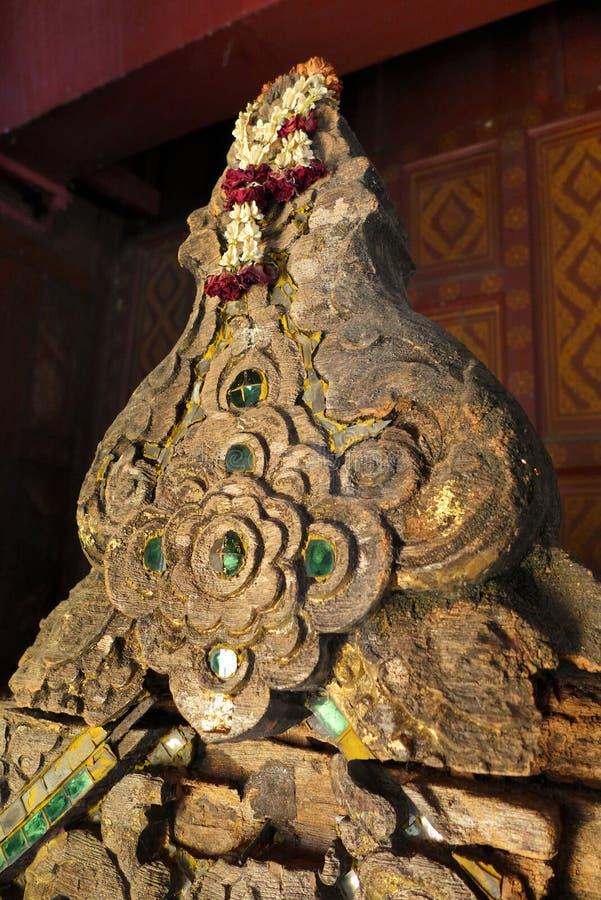 Frontón antiguo tailandés foto de archivo