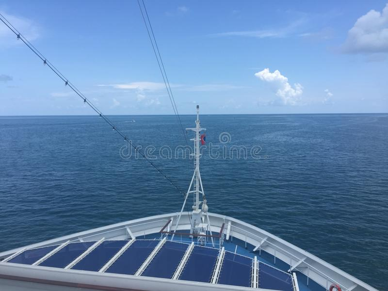 Front Carnival Victory Cruise-Schiff lizenzfreies stockfoto