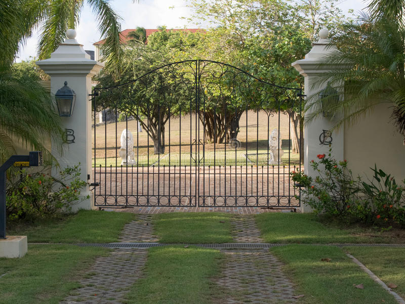 Front Decorative Gateway Entrance lizenzfreies stockfoto