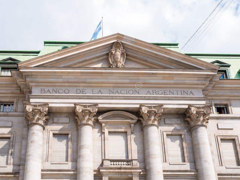 Front des Gebäudes von National Bank von Argentinien auf Plaza de Mayo lizenzfreies stockfoto