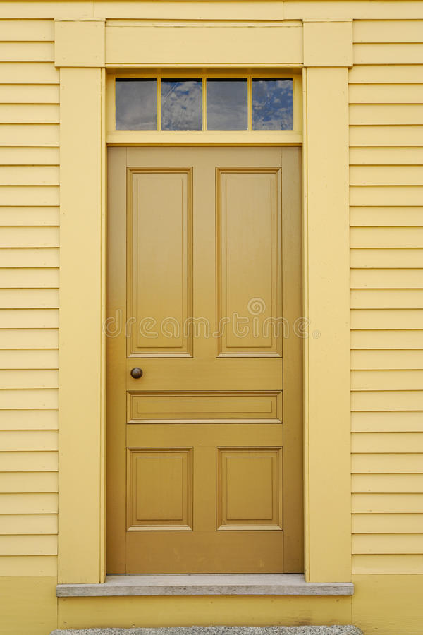 Free Front Door Royalty Free Stock Photo - 14472355