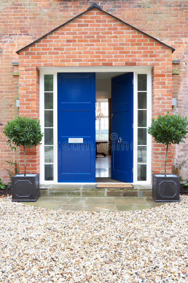 Front Door Of Modern House fotografia de stock royalty free