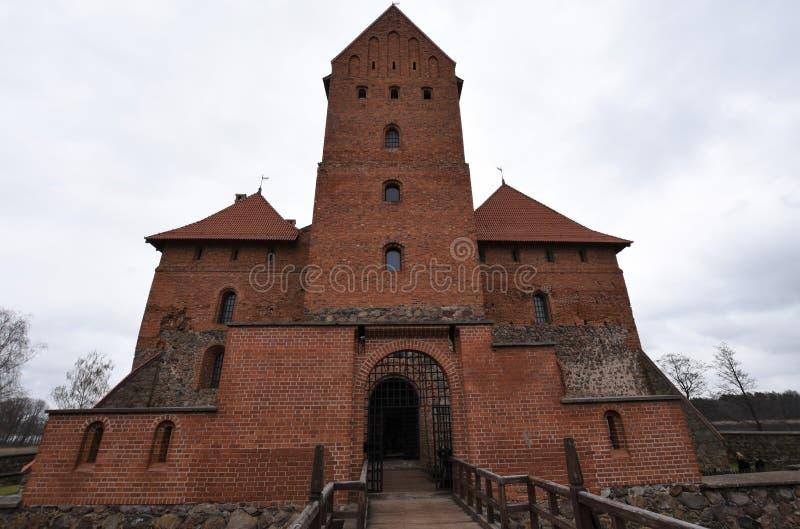 Front Entrance van middeleeuws Trakai-Kasteel, Litouwen royalty-vrije stock fotografie