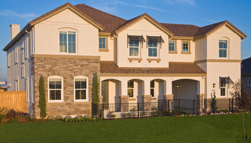 Front Exterior home residencial imagem de stock royalty free