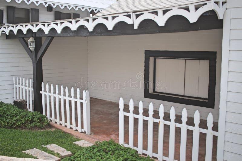 Front Porch blanc et noir photo libre de droits