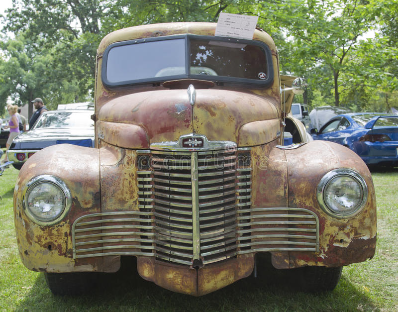 Download Front View Of A 1948 International KB2 Truck Editorial Stock Image - Image of auto, cruise: 26439104