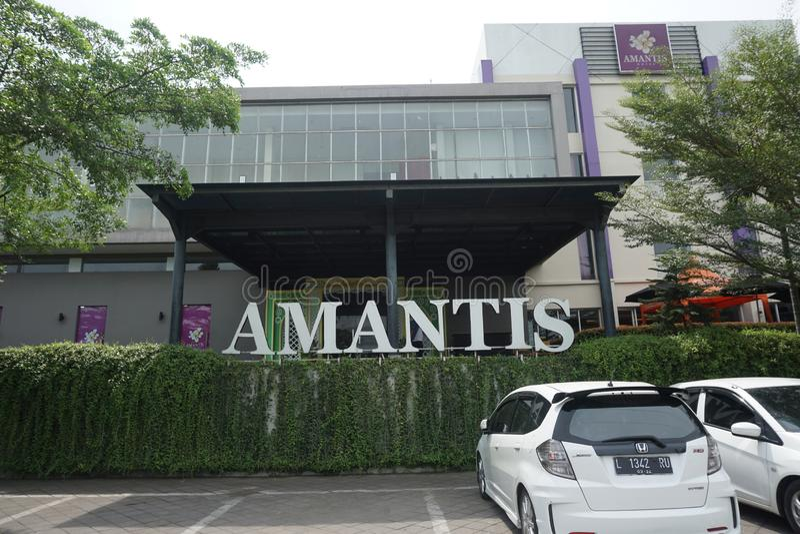 Front View del hotel de Amantis en la calle de Lingkar Demak-Kudus, Demak, Java central, Indonesia imagen de archivo