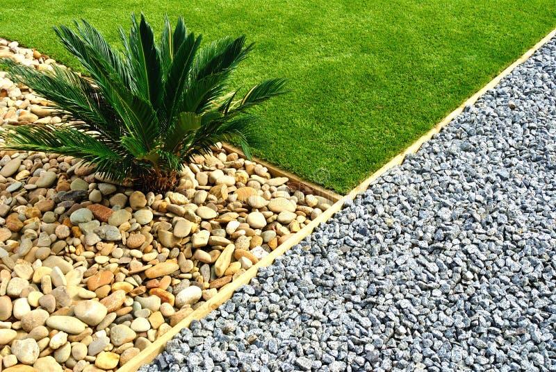 Front Yard Landscape Design photos libres de droits