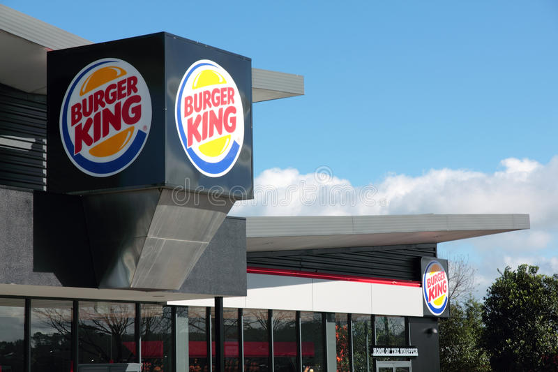 Frontage do restaurante de Burger King com sinal foto de stock