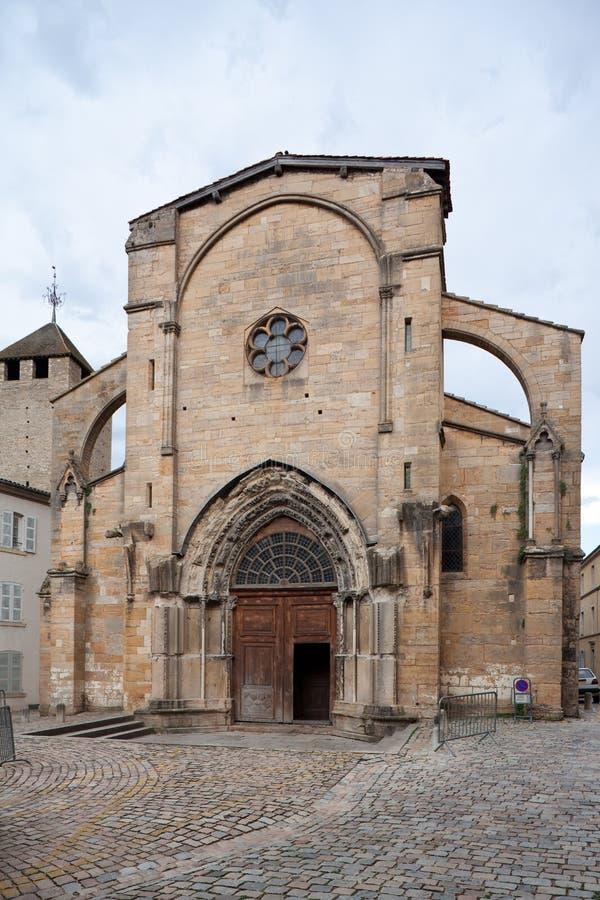 Frontage medioevale della chiesa di stile romano immagini stock