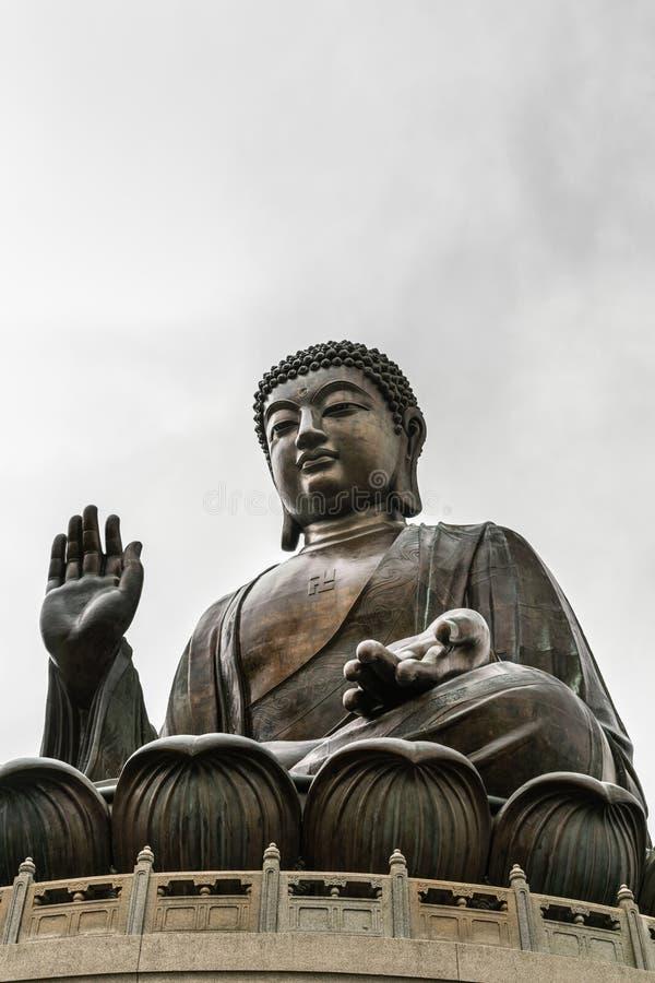 Frontansicht von Tian Tan Buddha, Hong Kong China stockbilder