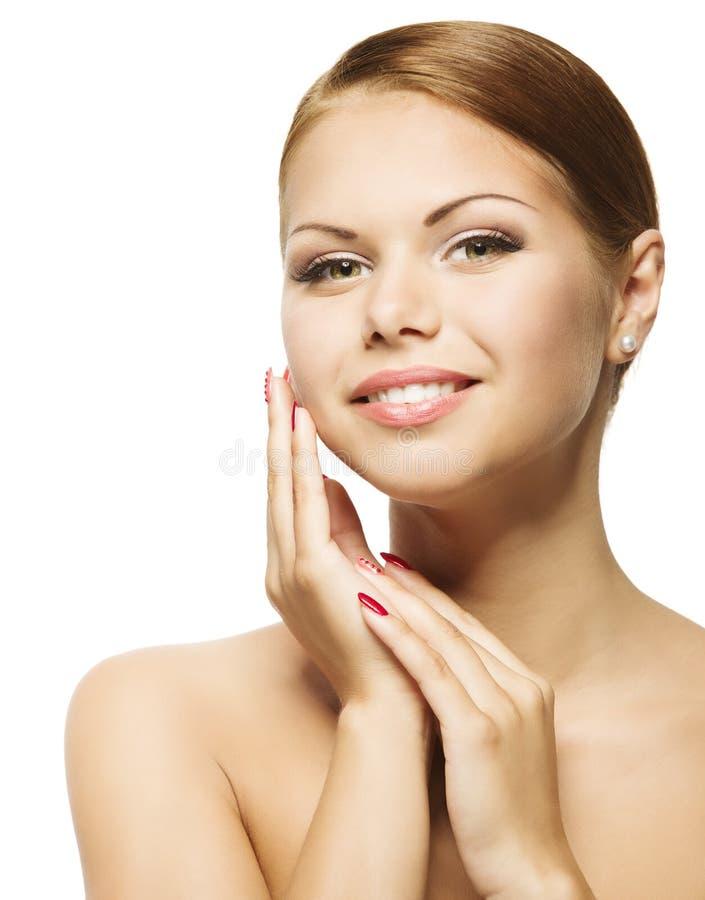 Fronte di bellezza della donna, cura di pelle fresca pulita, bello ritratto della ragazza immagine stock