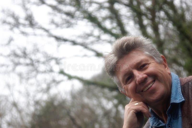 Fronte felice dell'uomo maturo immagine stock libera da diritti