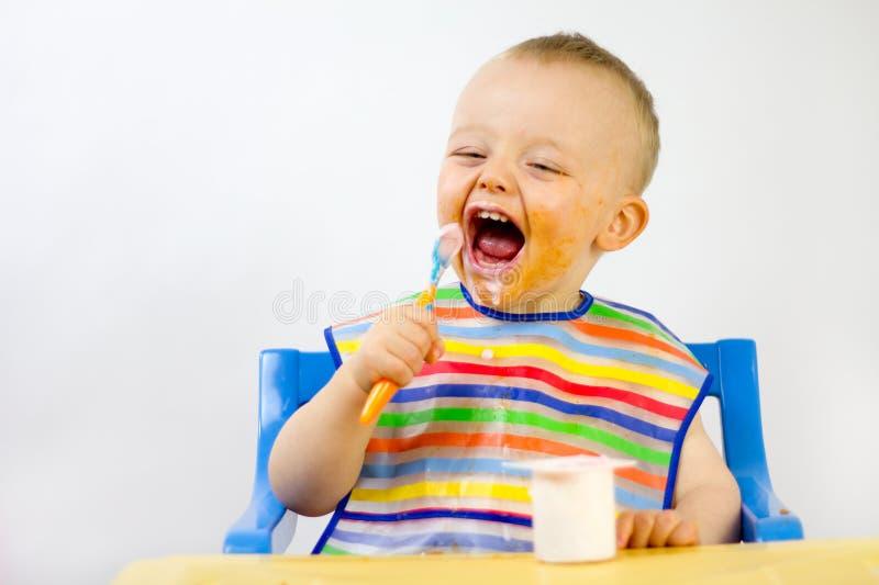 Fronte rotondo dell'alimento sudicio dei bambini fotografia stock