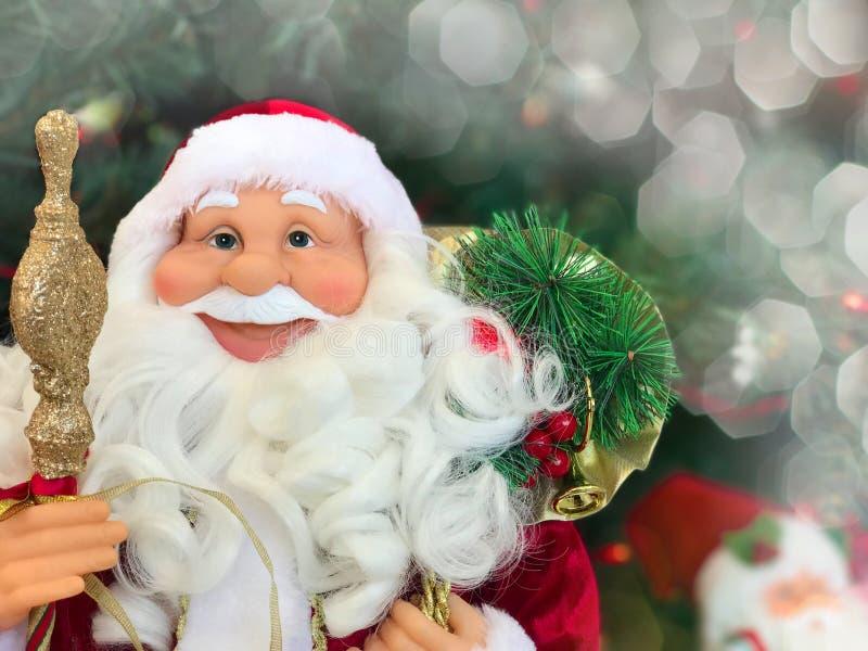 Fronte sorridente di un ` s Santa Claus del nuovo anno fotografia stock libera da diritti