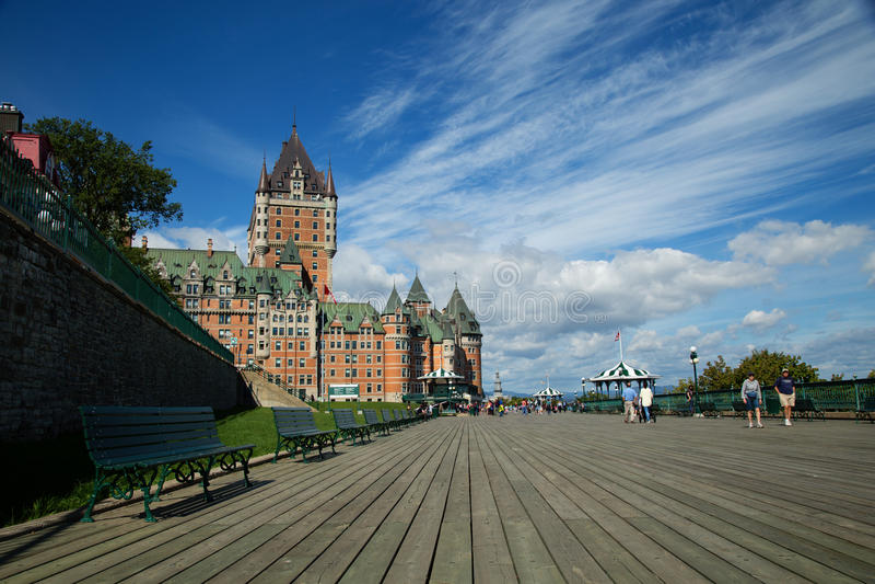 Frontenac城堡在魁北克市 免版税图库摄影