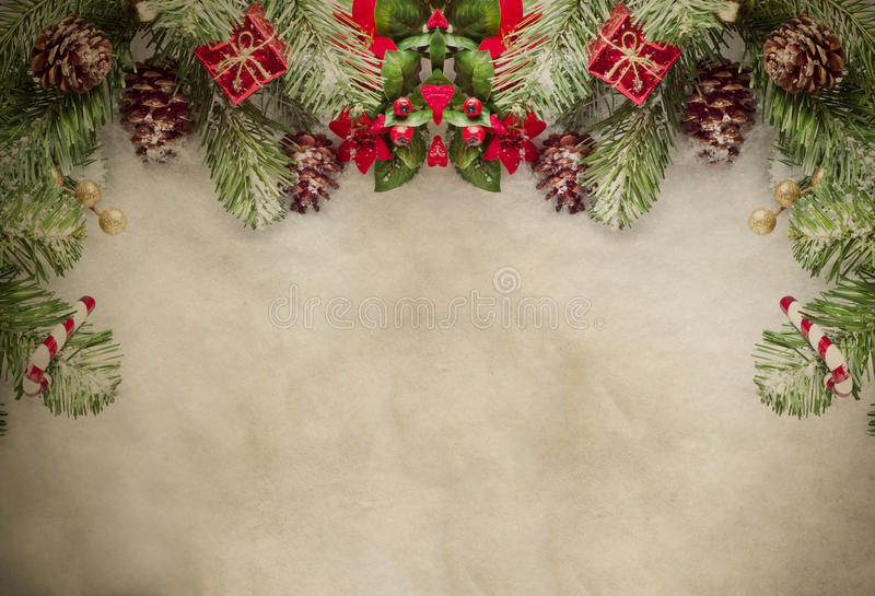 Frontera de la Navidad en el pergamino fotos de archivo