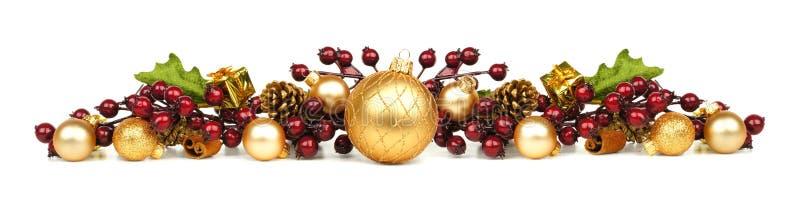 Frontera de los ornamentos y de las ramas de la Navidad imagen de archivo libre de regalías