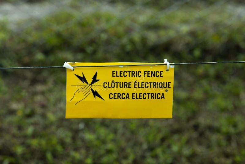 Frontière de sécurité électrique images stock