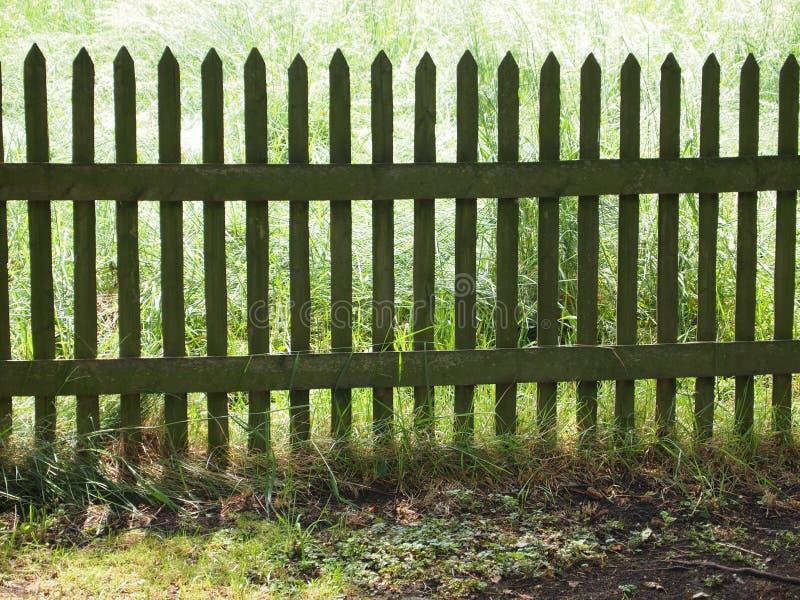 Frontière de sécurité de jardin photographie stock libre de droits
