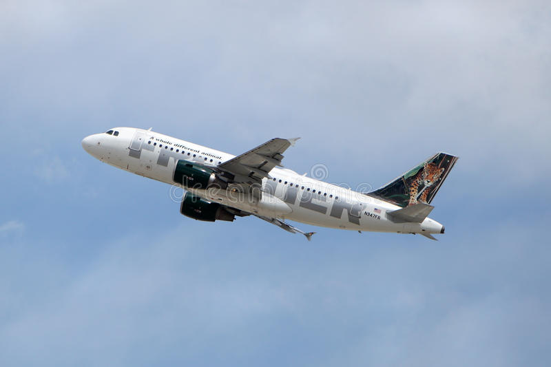 Frontier Airlines Airbus A319-111 N947FR Maya