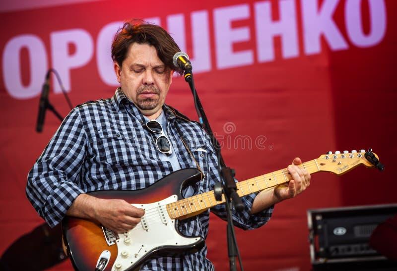 Frontman van popgroep Plach Ieremii (de Schreeuw van Jeremiah) Taras Chu stock foto's