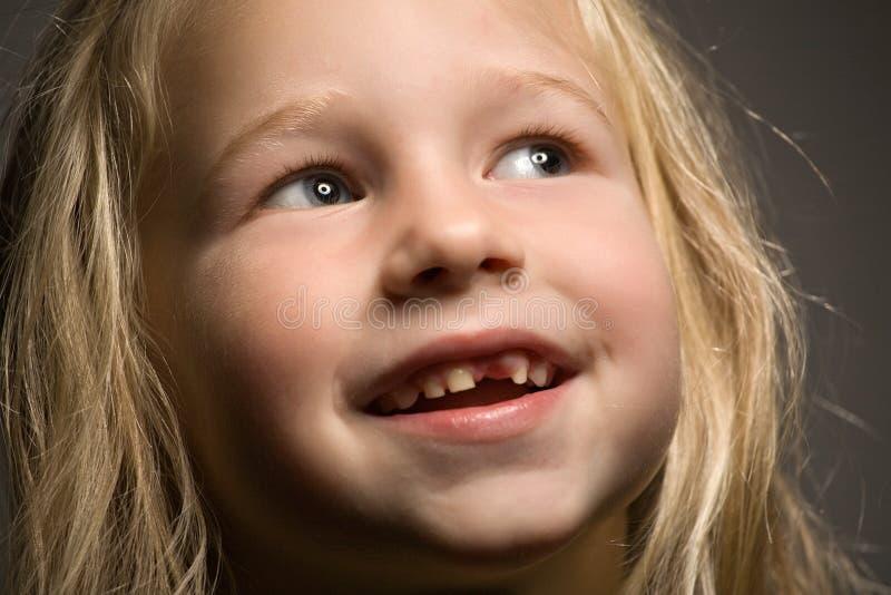 frontowa dziewczyna trochę jeden ząb zdjęcie stock