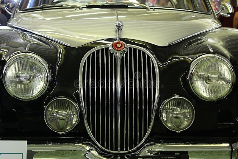 Frontowa maska i cztery round kierowniczego światła weteran samochodowy JJaguar Mark 2 obrazy royalty free