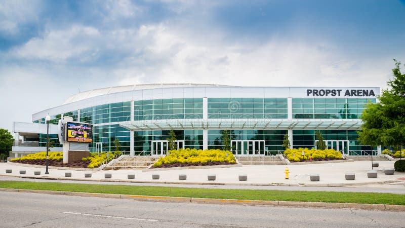 Frontowa strona Propst arena w w centrum Huntsville, AL zdjęcia stock