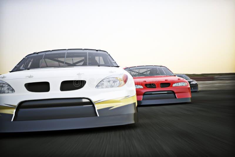 Frontowy widok auto ścigać się samochody wyścigowi ściga się na śladzie z ruch plamą royalty ilustracja