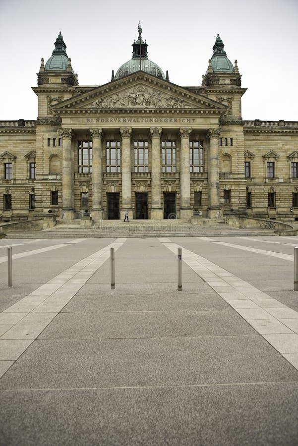 Frontowy widok Federacyjny Administracyjny sąd, Niemcy fotografia stock