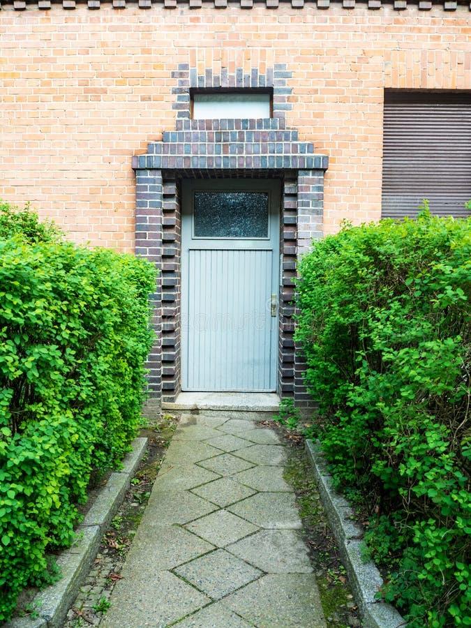 Frontowy widok wejściowy drzwi obraz stock
