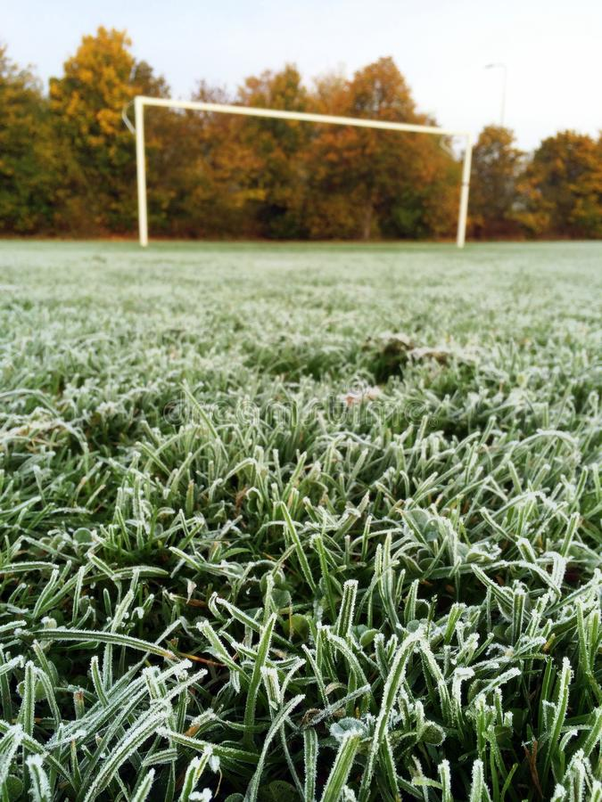 Frost em um passo de futebol foto de stock royalty free
