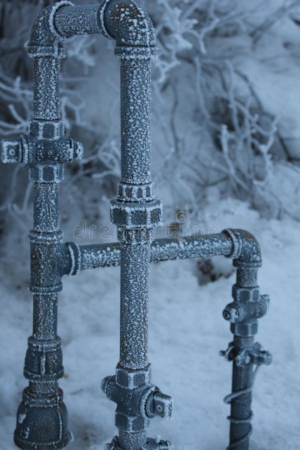 Free Frozen Pipes 2 Royalty Free Stock Photo - 22040435