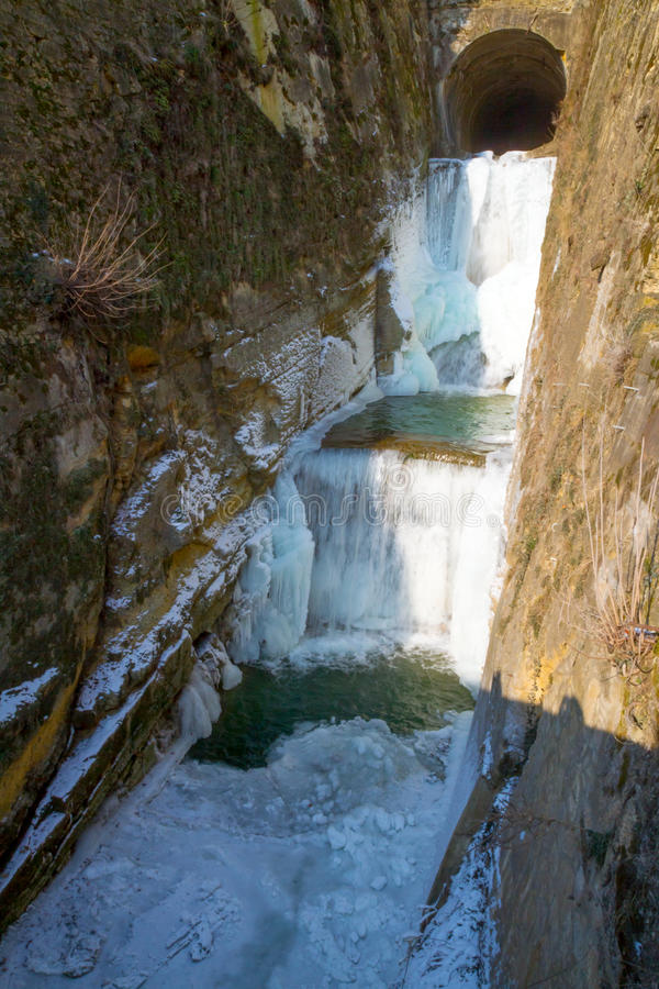 Download Frozen Waterfall Royalty Free Stock Photos - Image: 24200768