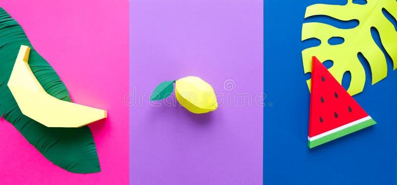 Frucht gemacht vom Papier Bunter Hintergrund tropen Flache Lage lizenzfreie abbildung