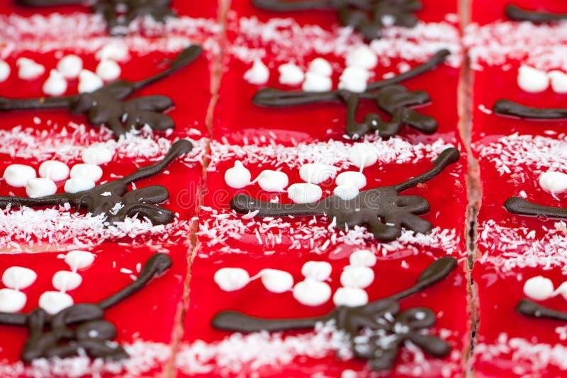 Fruchtgeleekuchen auf dem Marktschluss oben Beschneidungspfad eingeschlossen Selektiver Fokus stockfotografie