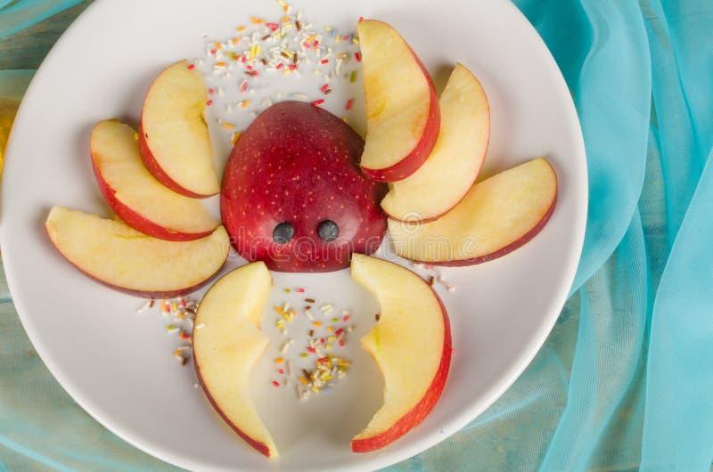 Fruchtiger Kindernachtisch stockfoto