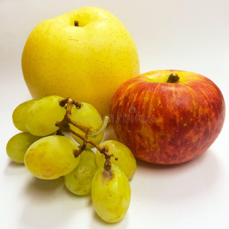 Fruchtkarren mit Apfel und Grün lizenzfreie stockfotografie