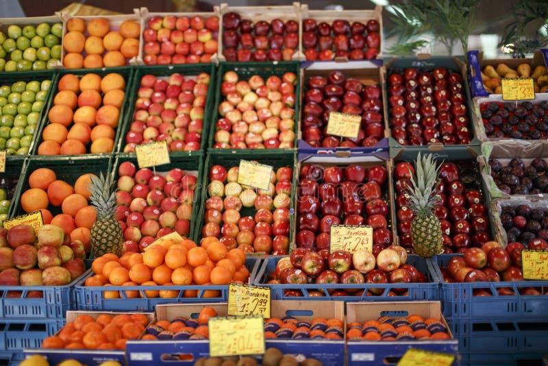Fruchtshop stockbild