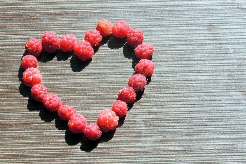 Download Fruit photo stock. Image du manger, rouge, sorts, dessert - 56490782