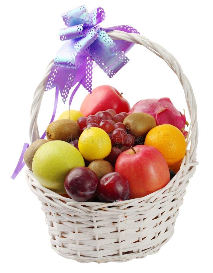 Free Fruit Basket Stock Images - 16634744