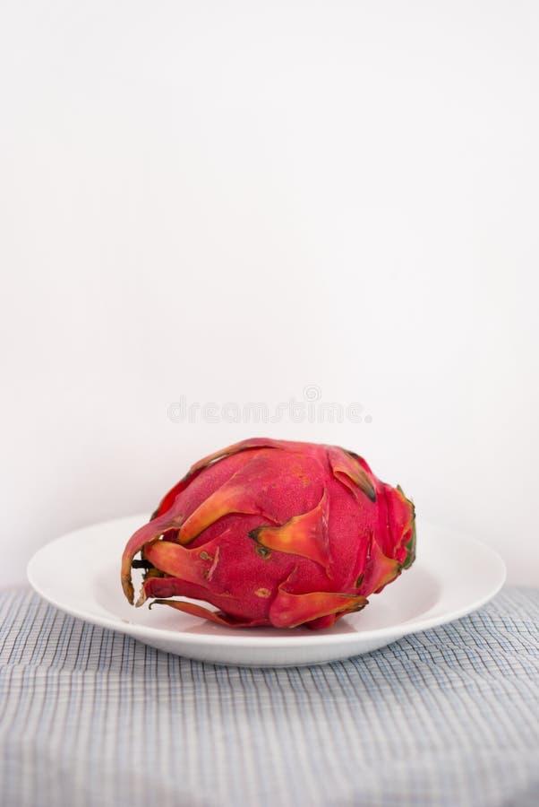 Fruit du dragon d'un plat photo libre de droits