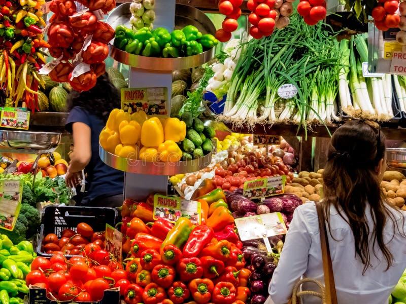 Fruit en plantaardige markt royalty-vrije stock foto's