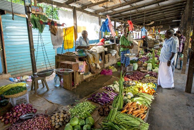 Fruit en plantaardige verkopers bij de Jaffna-markt in Sri Lanka royalty-vrije stock foto