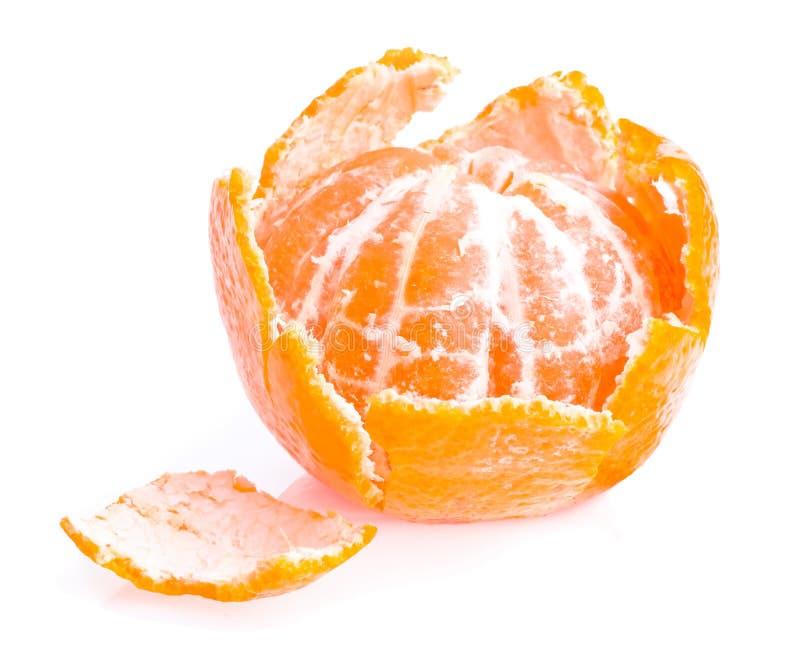 Fruit enlevé avec la peau de mandarine   images stock