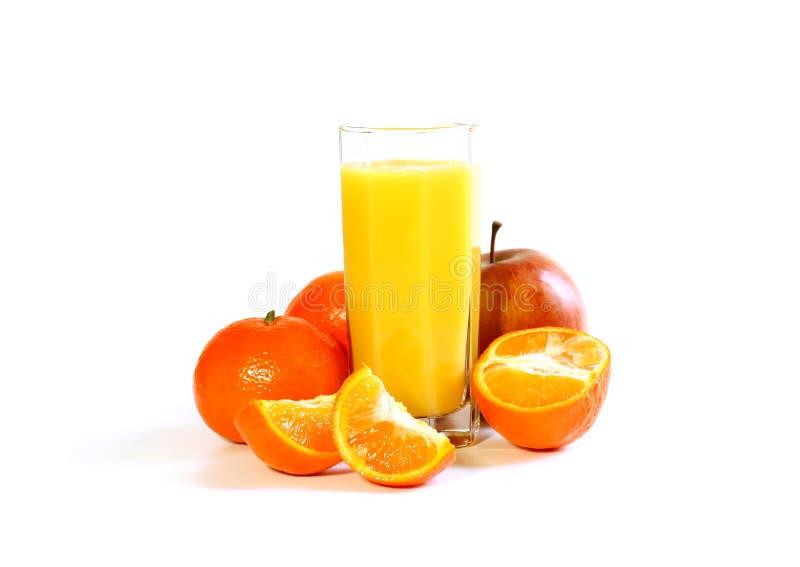 Fruit frais et jus d'isolement sur le blanc photographie stock